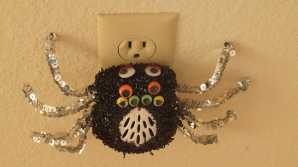 Close-up of the finished spider diva.